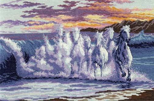 Вышивка лошади на волне